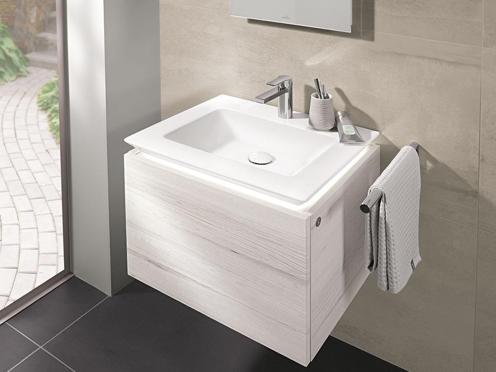 Aqueous Bathrooms