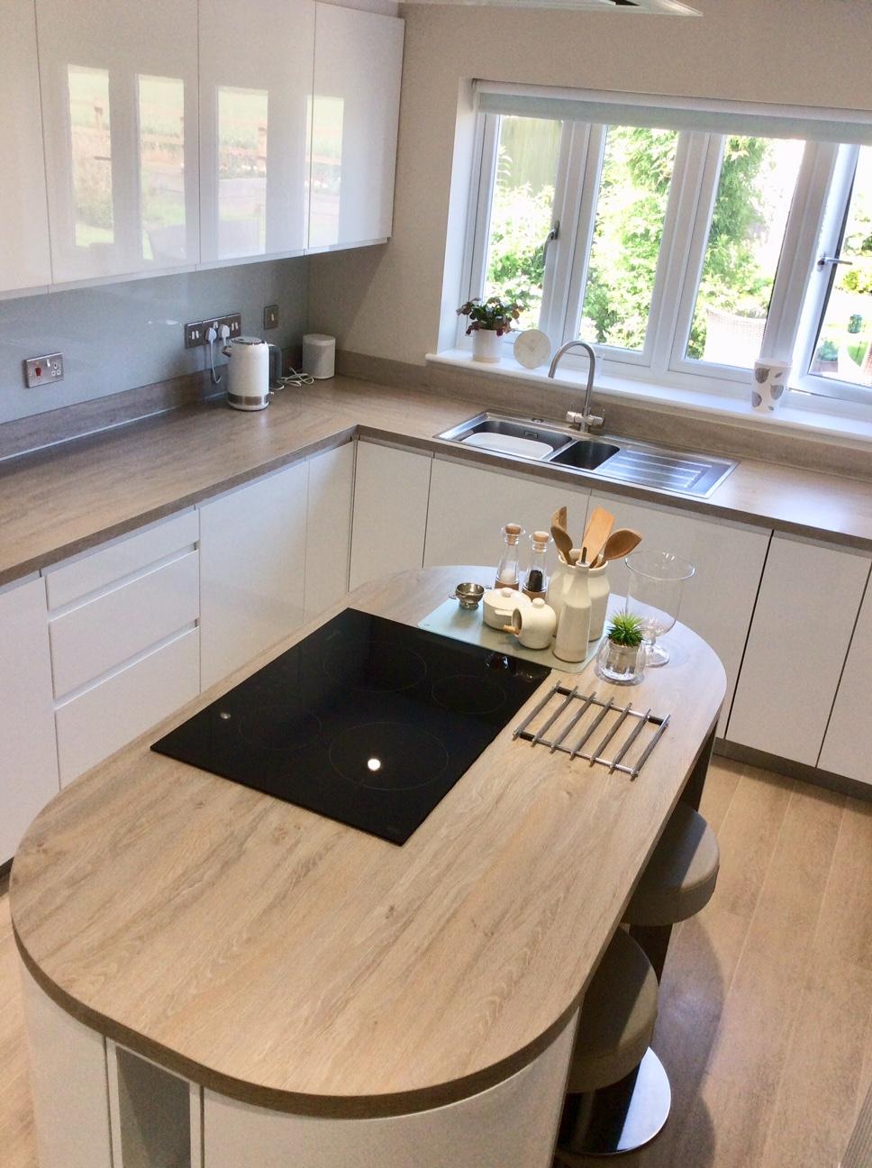Schüller Alea, Aqueous Kitchen and Bathooms, Princes Risborough, Buckinghamshire